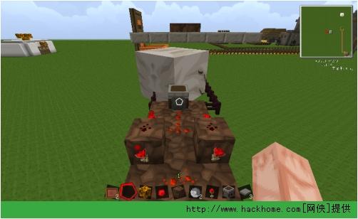 最后在脉冲中间放上红石在发射器里放上箭